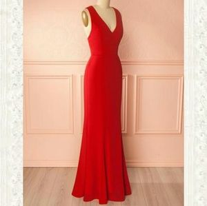NWT Minuet Bow Back Red Gown
